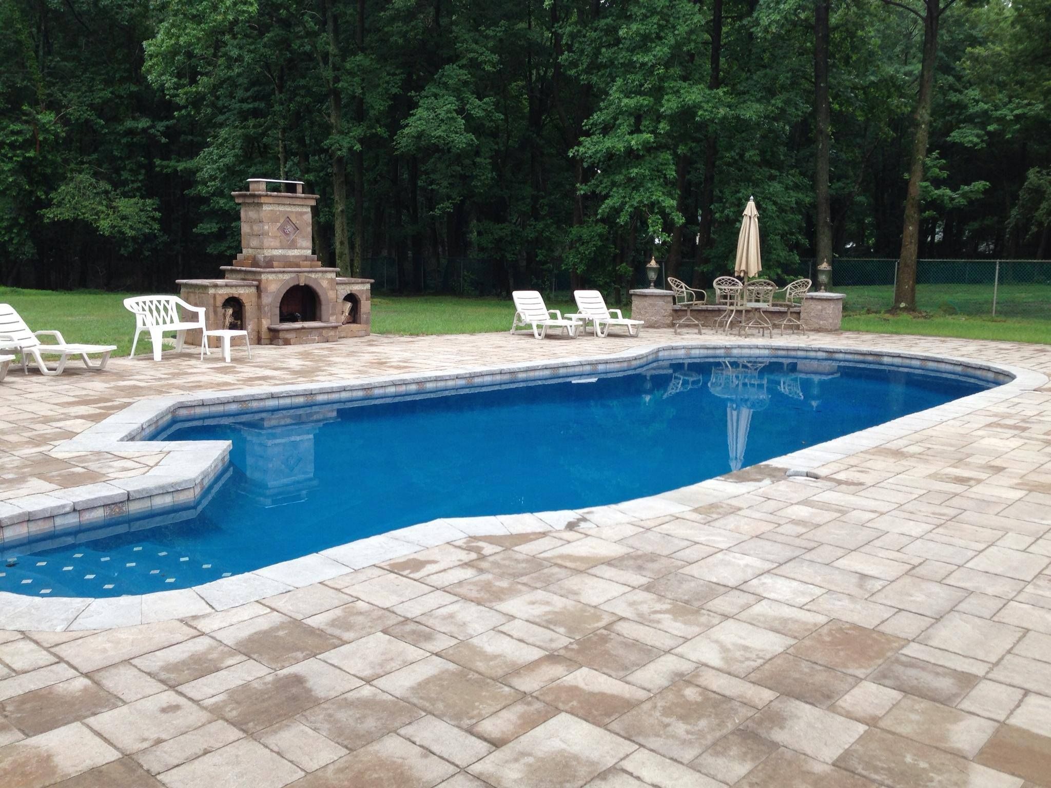 Concrete swimming pool installation company in New Jersey