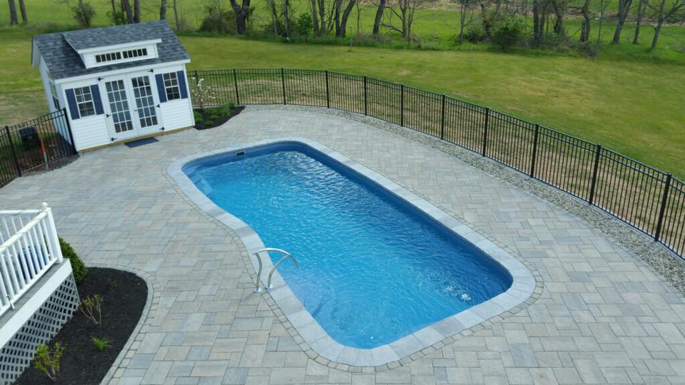 Fiberglass swimming pool installation and sales company in New Jersey
